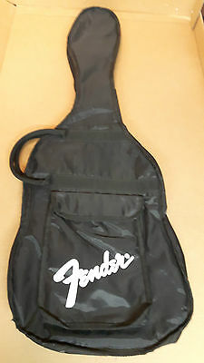 Fender  Soft  Shell  Guitar  Case, ideal  for  Stratocasters
