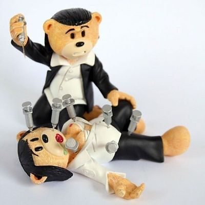 Bad Taste Bear / Bears Cult Movies Collection Collectors Figurine - Mia & Vince