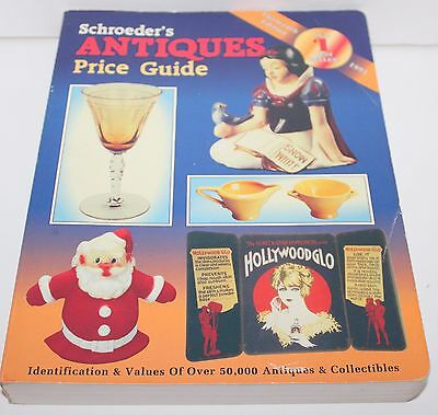 1995 Schroeder's Antiques Price Guide Collector Book Price Guide