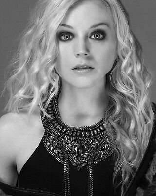 Emily Kinney Tv star actress of THE WALKING DEAD 1 Lab photo 8x10 picture E112