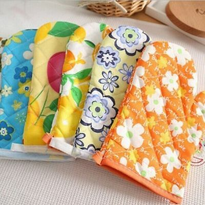 Nice Kitchen Microwave Oven Gloves Heat Proof Resistant Cooking Pop Golves Tools