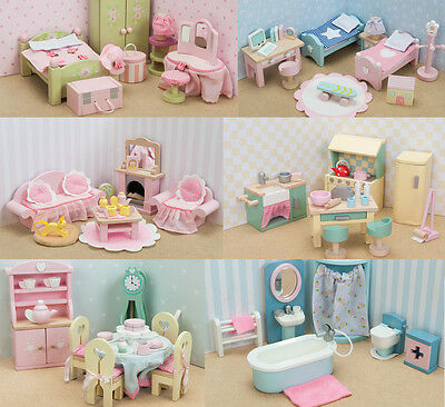 NEW Le Toy Van - Set of 6 'DaisyLane' Doll House Furniture