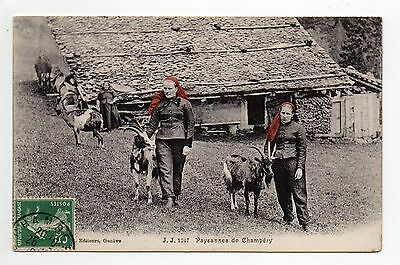 SUISSE SWITZERLAND Canton du VALAIS  CHAMPERY foulards rouges chevres & paysanne