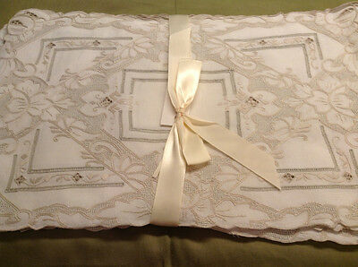 Placemats...set Of Eight