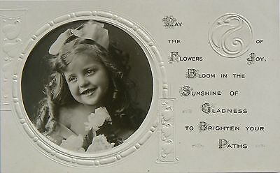 VINTAGE POSTCARD - GREETINGS. A BEAUTIFUL & SWEET REAL PHOTO IMAGE.EARLY 1900's