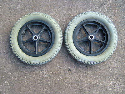 INVACARE POWERCHAIR REAR WHEELS & NEW P/P TYRES. 62-203 (12.5x2.25).