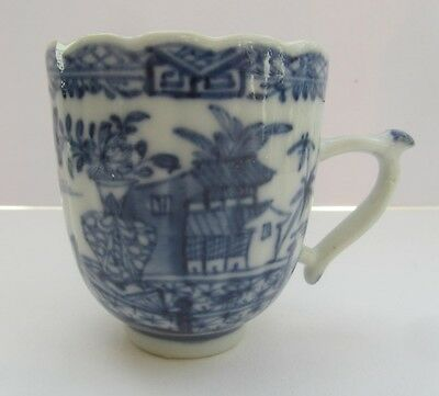 Chinese export porcelain coffee cup, printed temple pattern, c1780