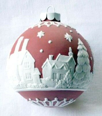 Wedgwood English Countryside Red Ball Ornament White Raised Relief New
