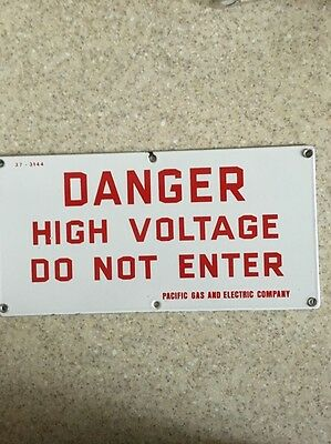 Porcelain Pacific Gas & Electric PG & E Danger High Voltage Advertising Sign