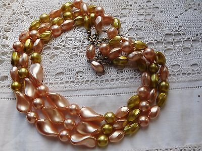 Lovely Vintage 1950s Triple Strand Green & Pink Glass Pearl Necklace