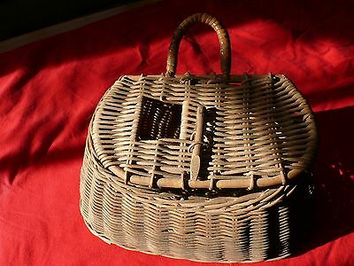 "Vintage All Wicker 12"" x 5"" FISHING CREEL w Top Fish Hole w Carrying Handle"