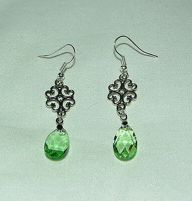 Lacy Filigree Victorian Style Light Green Glass Crystal Dark Silver Pl Earrings