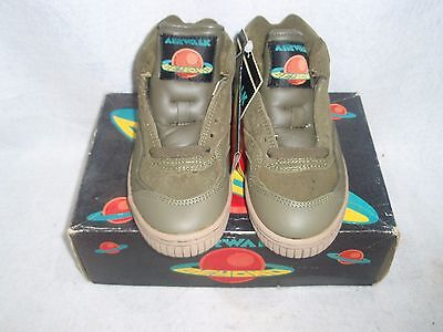 Nos Vintage 1993 Airwalk Beyond Neptune Guys Size 3.5 Olive/tan Sk8 Bmx Shoes