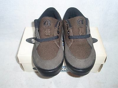 NOS VINTAGE 1990's AIRWALK FOOTWEAR 50/FIFTY GREY SUEDE SIZE 3.5 SK8 BMX SHOES