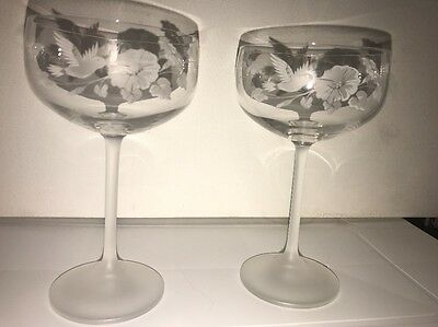 Avon~HUMMINGBIRD Pattern~CRYSTAL & Frosted~Wine~CHAMPAGNE GLASS Lot Of 2