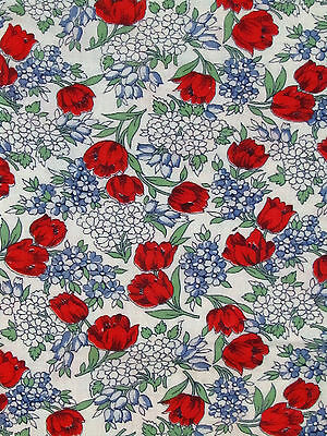 """1950's VINTAGE FULL COTTON FEEDSACK Red Tulips Blue & White Flowers 44"""" X 36"""""""