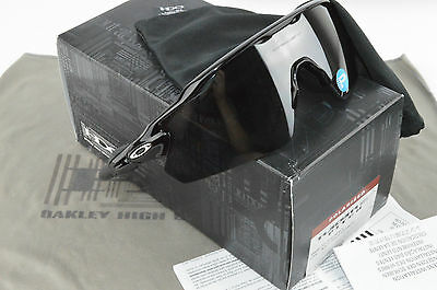 New In Box Oakley Sunglasses Radar EV Pitch Black Iridium Polarized 009211-07