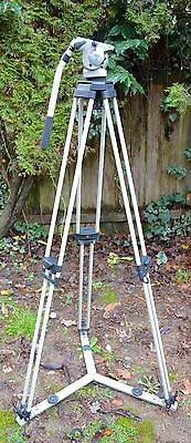 Vinten Vision 3 fluid head with dual stage PosiLock tripod w/ spreader + case