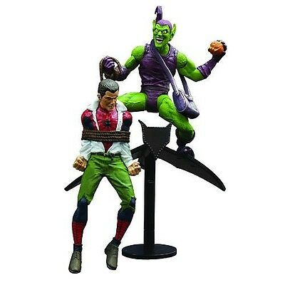 Diamond Select Toys Marvel Select: Classic Green Goblin vs. Spider Man Action Fi