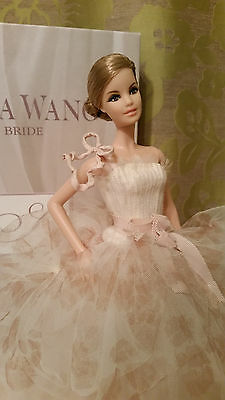 2011 Gold Label Vera Wang Bride THE TRADITIONALIST Barbie doll