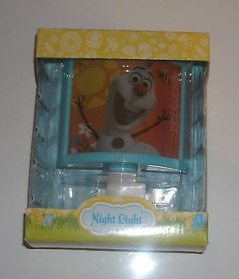 Disney Frozen Movie Olaf Night Light Shuts On & Off NEW