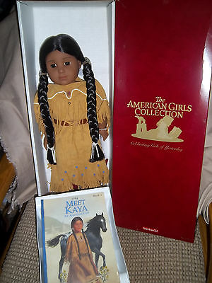 AMERICAN GIRL 1st  KAYA ADULT OWNED STILL IN ORIGINAL BOX w SEALED BOOK MINT CON