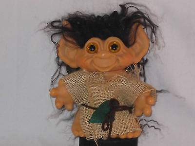"""6"""" 1965 DAM TAILED TROLL ORG EYES,NEW BLACK HAIR W/WHITE TIPS & OUTFIT U297a"""