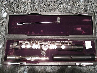 Yamaha Professional Piccolo YPC 81 with two heajoints - Grenadilla and Silver