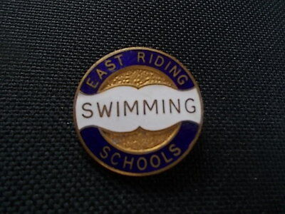 1970s Enamel SWIMMING Medal Badge Pin EAST RIDING SCHOOLS Withernsea Pool Baths