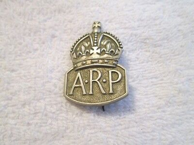 London Blitz APR Badge/Paper Lot Pertaining to a 1st Aid Worker Injured in Air R