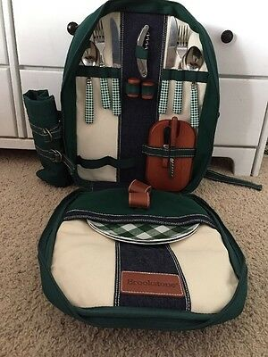 Insulated Picnic Basket Set Lunch Tote Backpack Cooler w/ Utensils and Plates