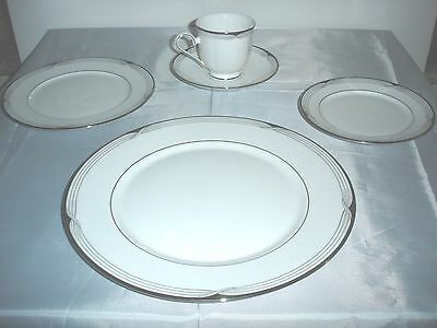 Lenox China, Erin Pattern - 5-piece Place Settings (total of 12 sets available)