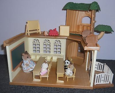 Sylvanian Families, Country Tree School Plus  Cosy Cottage & Figures  No Boxes