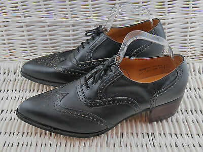 Clarks Mens Size 9.5 Wing Tip Oxford Brogues Black Leather WinklePickers Gatsby