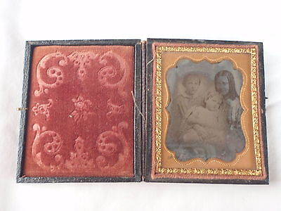 Antique Ambrotype Photo Ninth Plate Of Mother & Two Childern In Wood Case
