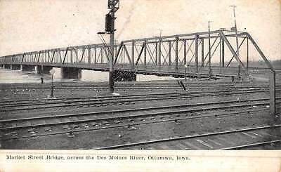 Ottumwa Iowa Market Street Bridge Antique Postcard K49404