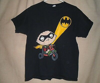 Family Guy Stewie Dressed as Robin Batman Sign Black T-Shirt, Size XL