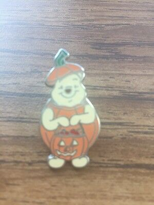 Disney Pin Winnie The Pooh Halloween In Pumpkin Costume Fall  Mini Authenic New