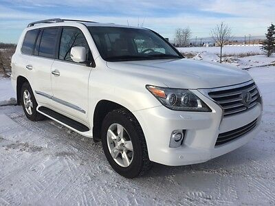 Lexus: LX 570 2014 Fully Loaded  Lexus LX570 in excellent condition and low mileage