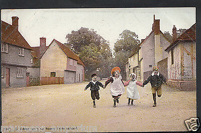 Children Postcard - Children Coming Home From School    RT1855