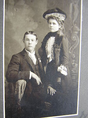 A1383 Vintage Mounted B&W Photo Lovely Young Married Couple Rembrandt Fresno CA