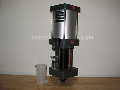 Pneumatic Booster Cylinder Air Over Hydraulic Knock Out Cylinder 3000Kg