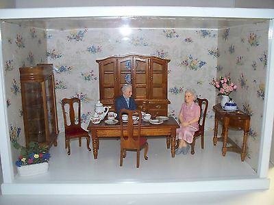 Dining Room Theme Dollhouse Miniature Display Room Shadow Box & Accessories Doll