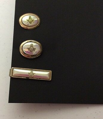 Lot Of 3 Pieces Masonic Cuff Links And Tie Clip