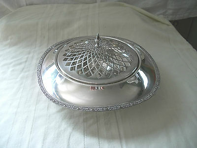 Glastonbury, Oneida silver covered dish 806 lovely unique piece