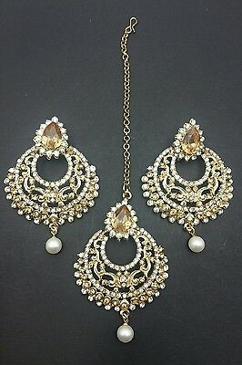New Indian bollywood Elegant tikka & Earrings in white and lct jewellery