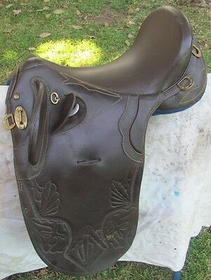 """Brown Australian 17"""" Fully Mounted Stock Saddle -  Excellent Condition"""