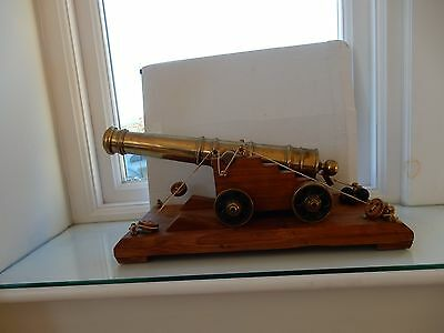 Scratch built Brass & Oak Model Canon  naval  -- 32 cm long heavy accurate vgc