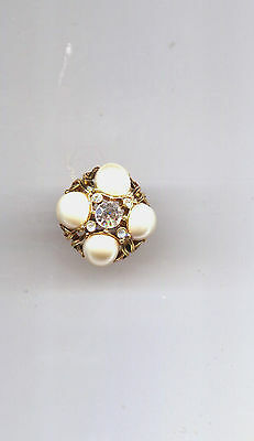 Hollycraft Pearl Cluster  Ring