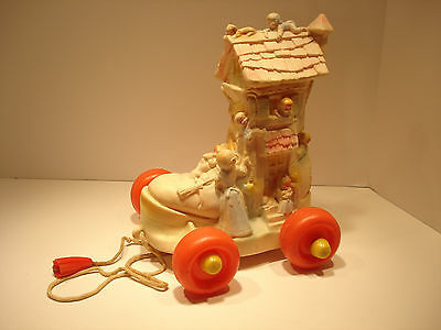 Old Woman Who Lived In A Shoe Pull Toy 1964 Edward Mobley Co.